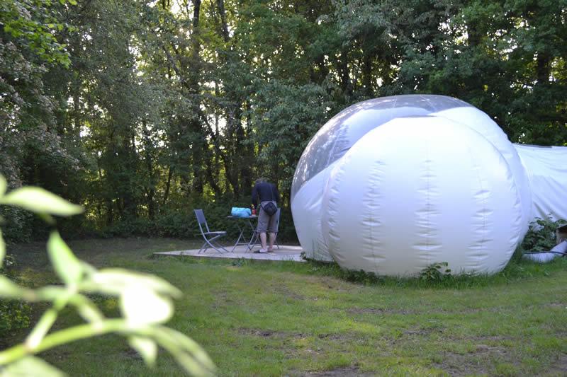Domaine-des-Vaulx-Cabane-Bubble-calme