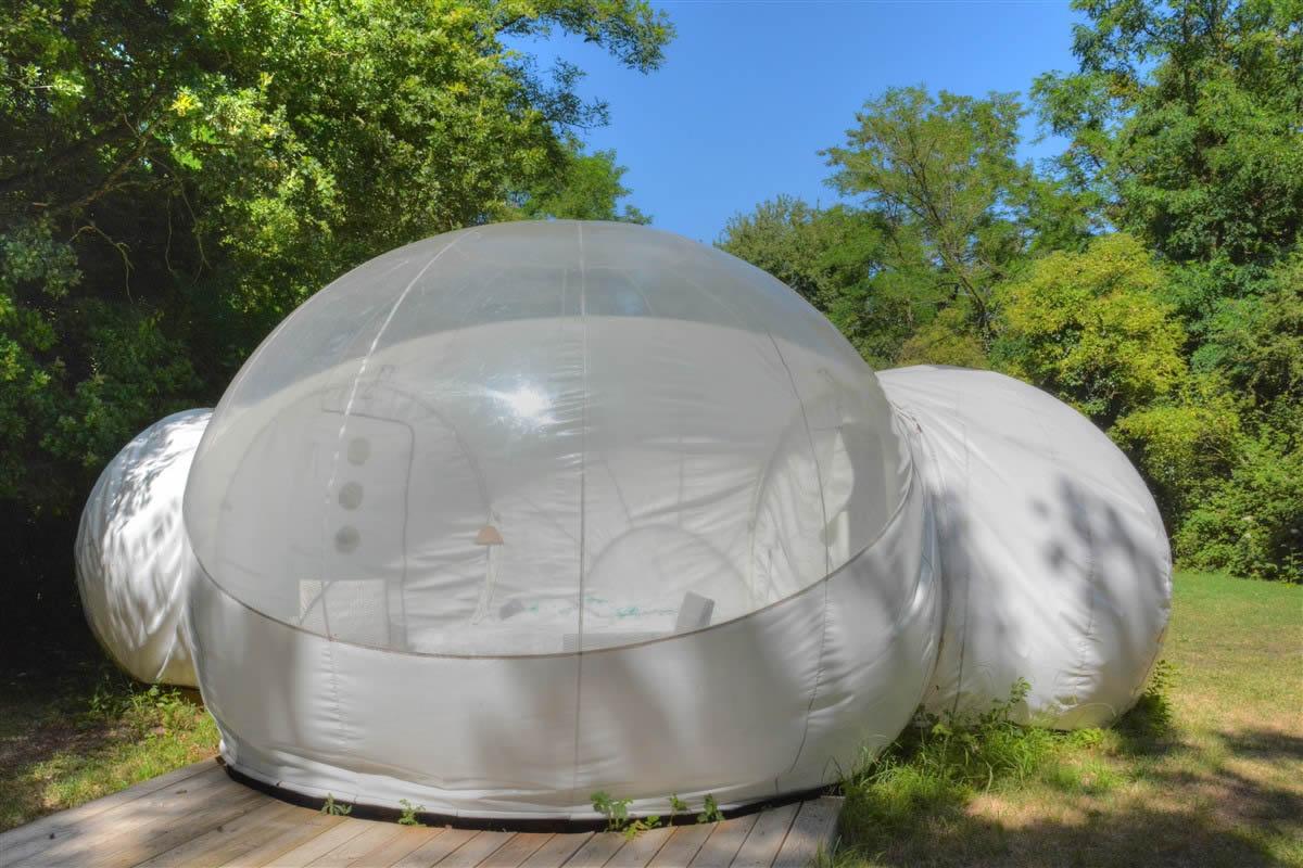 Domaine-des-Vaulx-Cabane-Bubble-ciel
