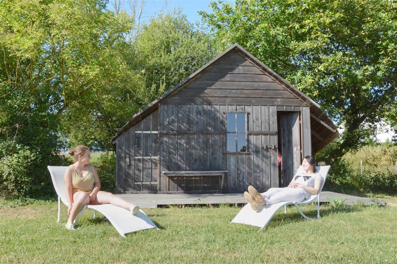 Domaine-des-Vaulx-cabane-Voiles-Blanches-4-pers
