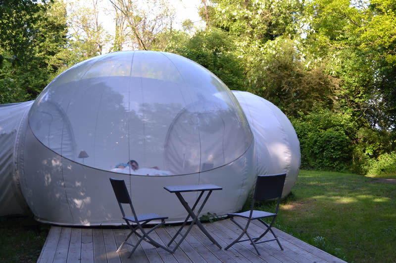 Domaine-des-Vaulx-Cabane-Bubble-terrasse