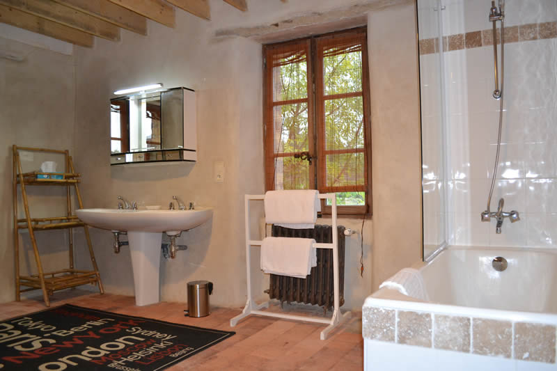 Suite-familiale-domaine-des-vaulx-bain