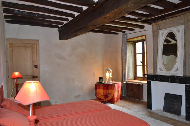 gite-grande-maison-poupardiere-domaine-des-vaulx-chambre3